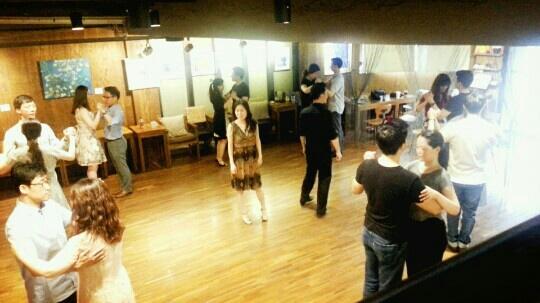 사교 춤 댄스 모임 파티 동영상 배우기